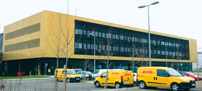 Ville de Créteil   DHL se livre à Créteil